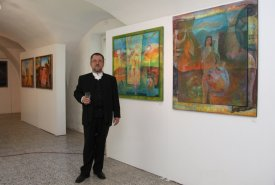 Fotografie z vernisáže výstavy Obrazů Chorvatských malířů a výstavy Čokoláda a iné cukrovinky
