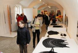 Fotografie z vernisáže výstavy TAPISERIE•KRAJKA•KANAFAS