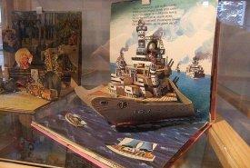 Fotografie z vernisáže vánoční výstavy Vojtěch Kubašta-geniální ilustrátor